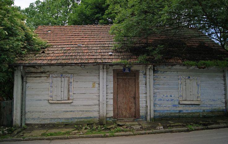 Old_cottage,_25_Tetmajera_street,_Bronowice_Małe,_Krakow,_Poland.jpg (4542×2858)