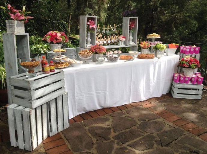 Lădițe din lemn pentru decoruri de nuntă în grădină | http://nuntaingradina.ro/ladite-din-lemn-pentru-decoruri-de-nunta-in-gradina/
