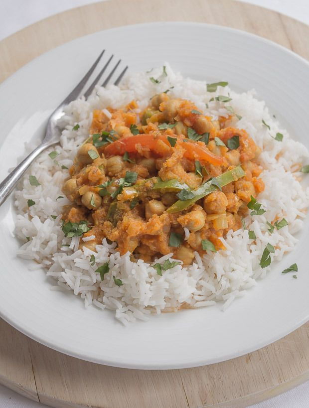 Here I've taken the beautiful humble chickpea and made it into a fantastic, tasty vegan vegetarian healthy chickpea curry! It's low cost, low calorie and extremely filling. It also provides a huge amount of daily dietary fibre. Reduce the amount of meat you eat in your diet by changing to healthier substitutes like this. It doesn't meal you have to give up your favourite types of meals!