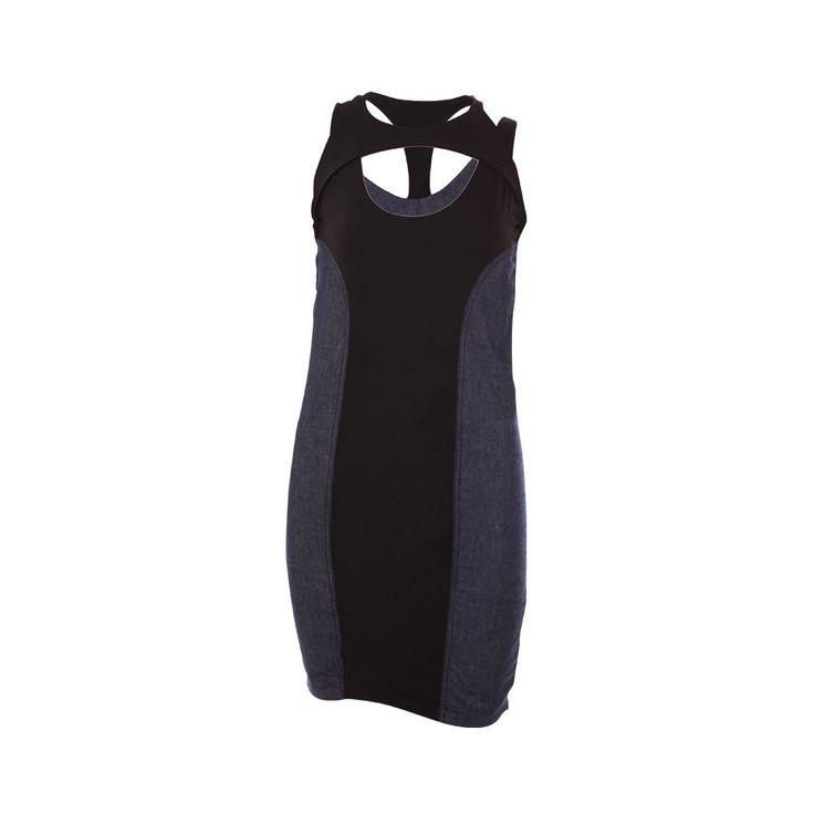 Vestido de Jeans con Lycra Negro, Desbats, $28.000.