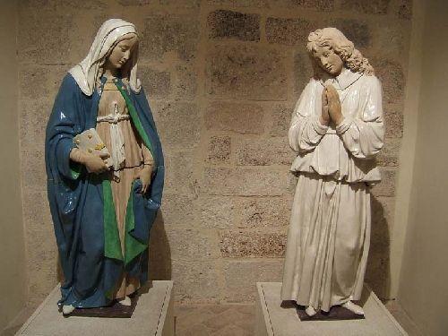 Andrea e Luca Della Robbia il giovane, Annunciazione (Norcia, Museo della Castellina)