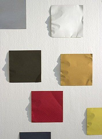 Look at the shadow next to the coloured paper, doesn't it look cool?