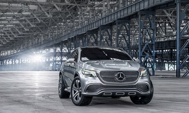 With the Concept Coupé SUV, Mercedes-Benz is raising the standard to a new, higher level in literally multiple respects. Sensual as a coupé – visionary as an SUV.
