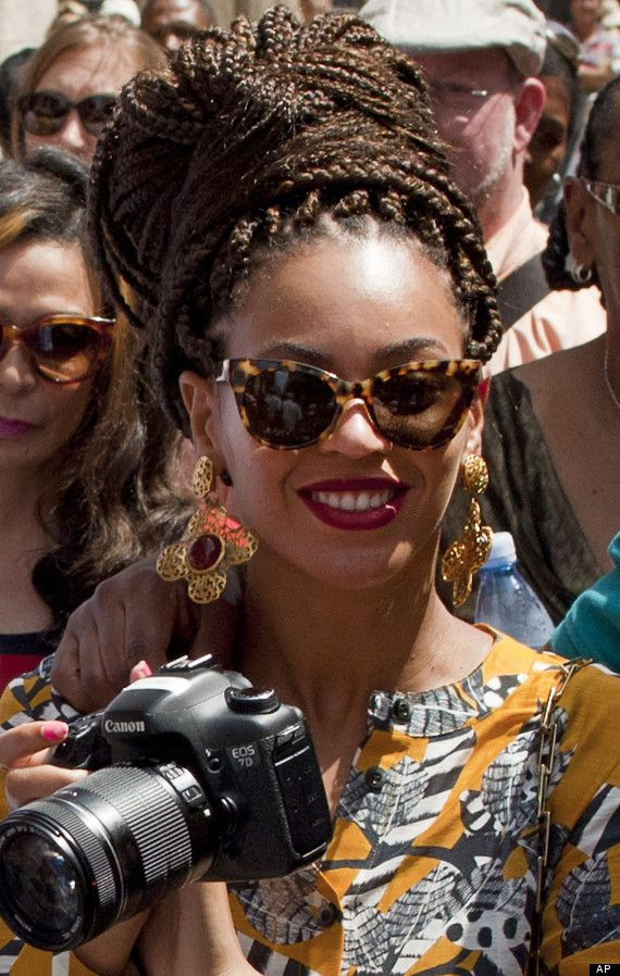 Poetic Justice Box Braids | Beyonce Rocks Braids And Bold Printed Outfits During Anniversary Trip ...