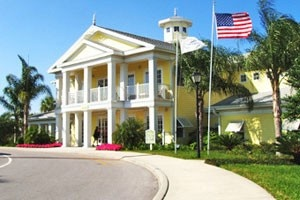 3-bedroom villa in ORL for $71/night through bookit.com 21 mins from Disney Main Gate currently has a deal on Disney tickets...buy 3 get 4 park days free.