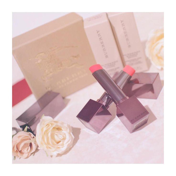 🍓 * 最近の お気に入り💄💗 色かわいすぎて 2色買い💭 * #コスメ #バーバリー #バーバリーコスメ  #love #burberry #cosmetic #cosmetics #pink #lipstick