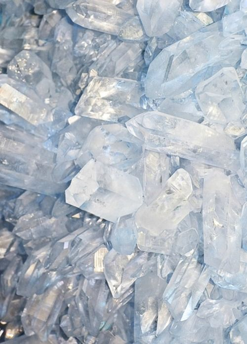 EXTRA INSPIRATION#3: Quartz inspiration | This image makes allusion to the natural phenomena of ice picks (also referred as ice stalagmites),