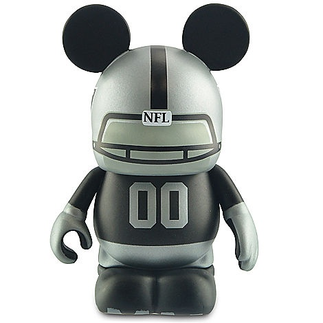 Vinylmation NFL Series Oakland Raiders - 3''..WHAT?! Love it <3