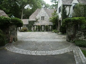 Driveway entry traditional exterior new york conte for Courtyard driveway house plans