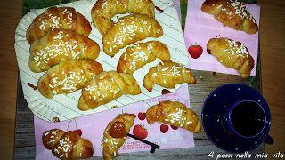 4 passi nella mia vita: Dolci: Mini Croissant morbidi alla panna