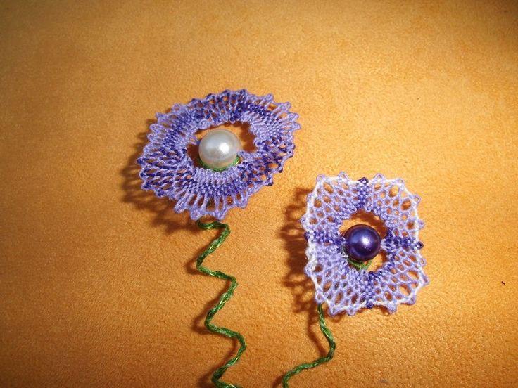 Weiteres - MaiDuft - 2 geklöppelte Blumen mit gedrehtem Stiel - ein…