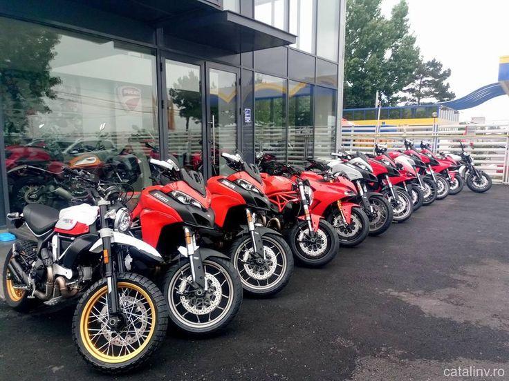 Test drive gratuit la un eveniment organizat de Ducati Romania in incinta academiei Titi Aur.