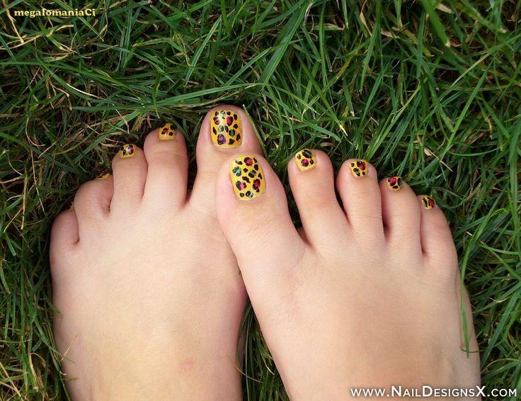 mix yellow toe nail art