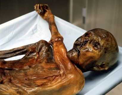 Dark Secrets Of Otzi The Iceman After decoding the Iceman's genetic make-up, a research team from the European Academy of Bolzano/Bozen (EURAC),  has now made another major breakthrough in mummy research: using just a pinhead-sized sample of brain tissue from the world-famous glacier corpse, the team was able to extract and analyse proteins to further support the theory that Ötzi suffered some form of brain damage in the final moments of his life.
