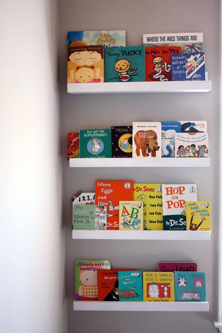Las 25 mejores ideas sobre estantes de juguetes en - Estante para libros ...