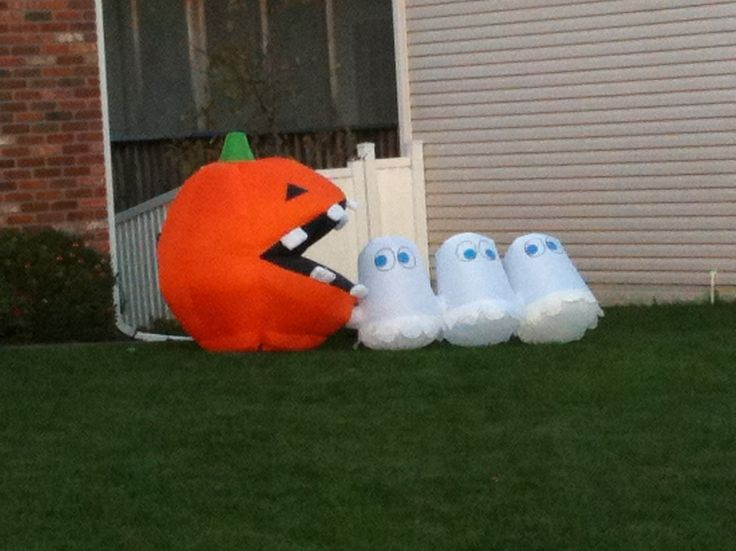 17 Best Images About Halloween Inflatables On Pinterest
