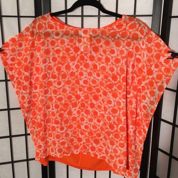 ❤NWOT ️Michael Kors Orange & White Hi Low Tunic❤️ Cute Orange & White MK Tunic. Sleeves are slit and flutter. Back is solid Orange. Never worn Michael Kors Tops
