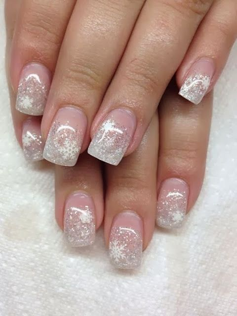 36 Charming Winter Nail Art Design für Damenmode