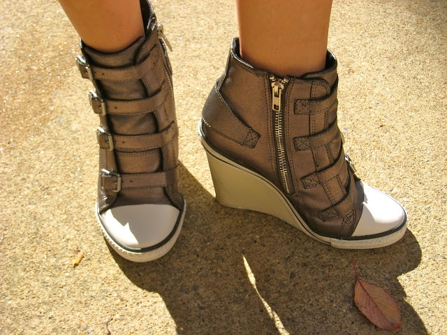 Tennis+Shoe+Wedges