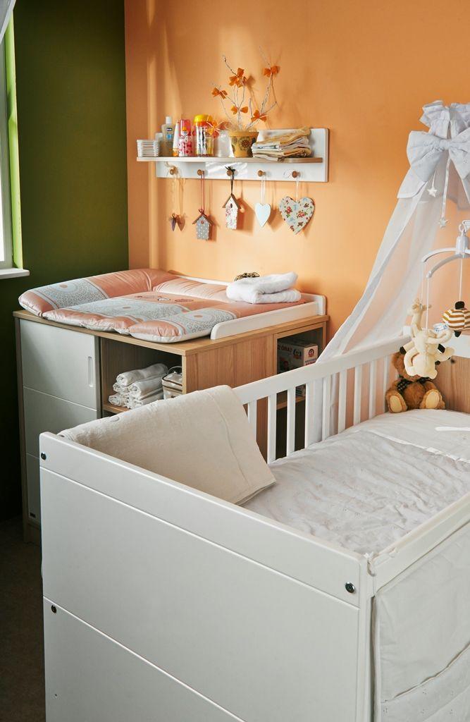 A peacefull corner in nursery with Alda furnitures. / Egy békés szöglet a babaszobában