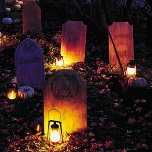 Thrilling And Spooky Ideas For Halloween Outside Decorations