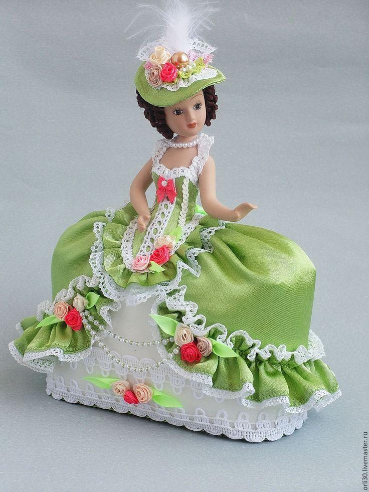 Купить Фарфоровая кукла-половинка.Игольница зелёная. - зеленый, фарфоровая…