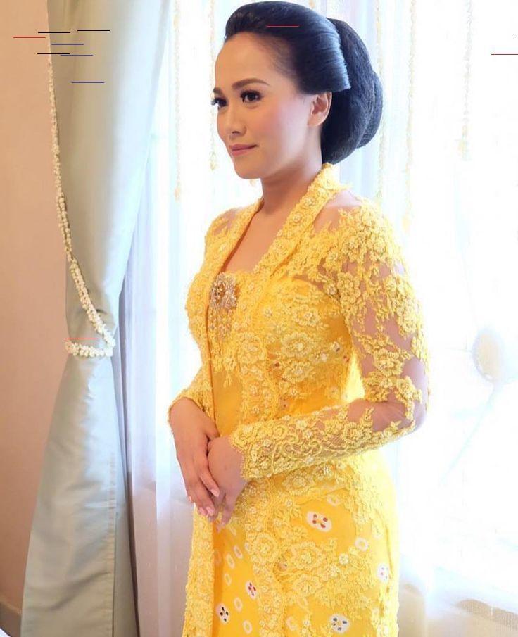 Baju Warna Gold