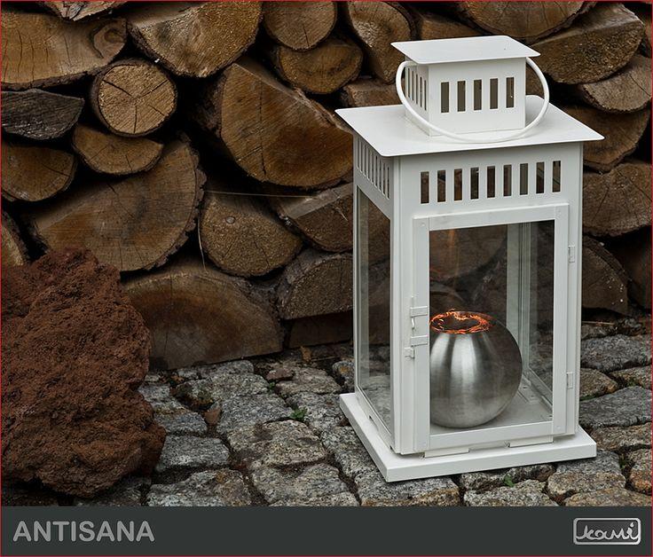Kominek na biopaliwo - ozdobna latarenka w ogrodzie - aranżacja ogrodu. #biokominki #kominki #aranzacje #oswietlenie #dom #ogrod