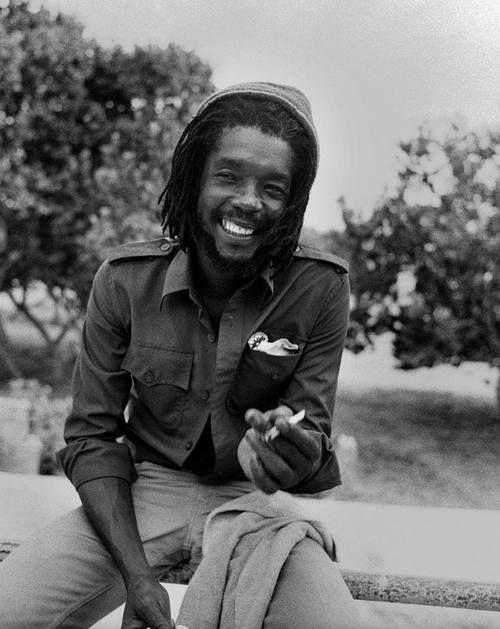 *Peter Tosh* Hellshire Beach, St. Catherine, Jamaica, 1978. More fantastic pictures and videos of *The Wailers* on: https://de.pinterest.com/ReggaeHeart/ ©Adrian Boot/ urbanimage.tv