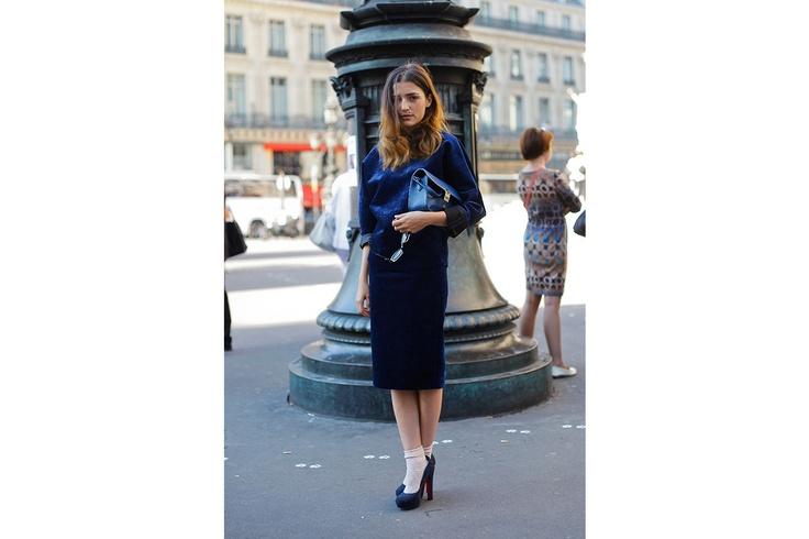 Eleonora Carisi: velvet blue