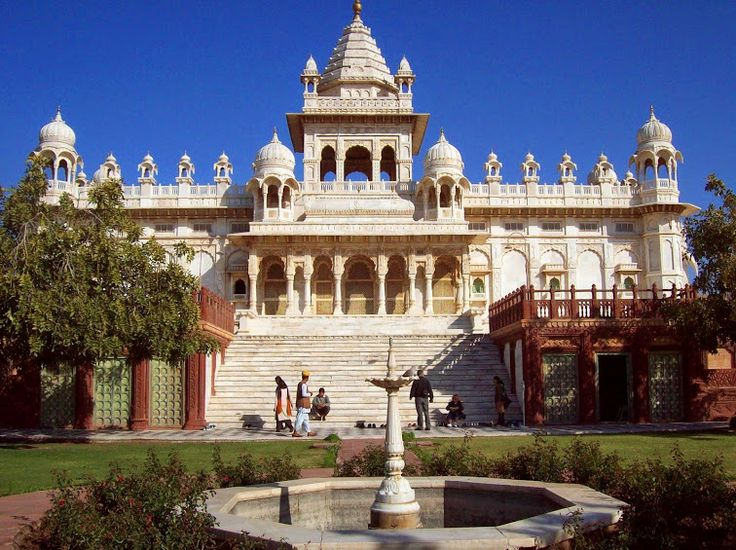 The Jaswant Thada #Mausoleum in #Jodhpur - The Taj Mahal of #Marwar - The #structure is a royal dream-like #monument with majestic domes and intricate carvings adorned by pillars and jharokas that looked regal, stately and marvelous. Nestled among the rocky hills and positioned a little away, it has a certain mystique and an aura, which adds to its beauty. #travel #attractions