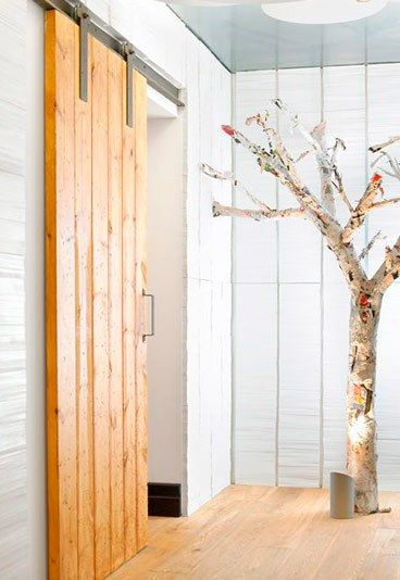 ideas para decorar con pals reciclados puertas correderas de madera