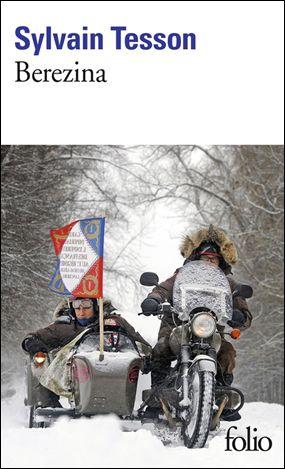 <p>Pari un peu fou de ce fou aventurier et littéraire qu'est Sylvain Tesson, Berezina paraît en poche chez Folio. En poche, format idéal pour l'emporter en randonnée. De randonnée, il ne sera toutefois pas question, car Tesson choisit de refaire la route des Grognards de Napoléon avec quatre compagnons, deux Russes et deux Français.</p>