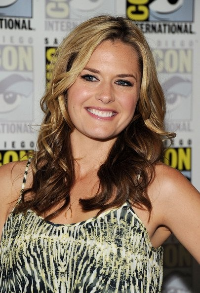 The magnificent Maggie Lawson. Because she's beautiful. She's Juliet O'hara on Psych. That about sums it up.