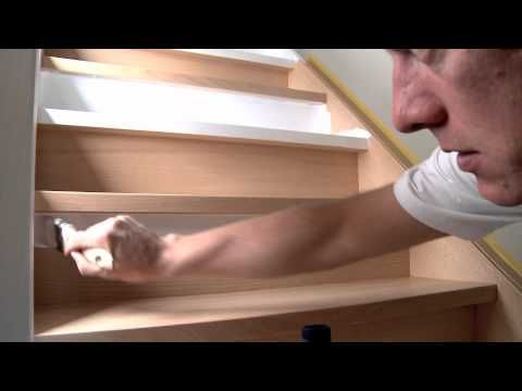 Comment peindre un escalier en bois? - Levis