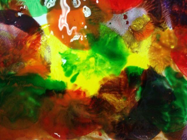 Un arte colorido con globo y pintura tempera. El material que se necesita para esta actividad es: Globos […]