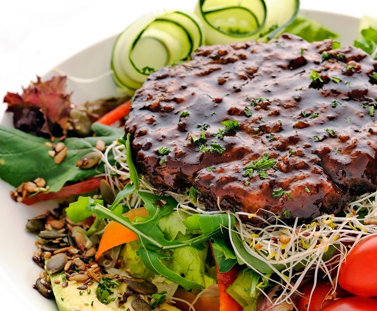 Burger in a bowl - a healthy alternative to a regular burger & full of flavour
