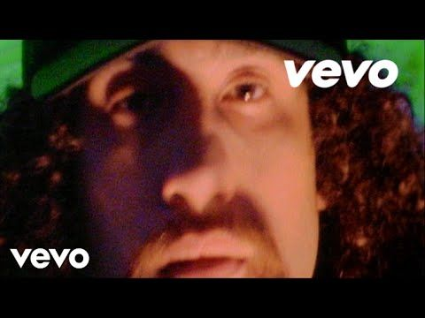 Cypress Hill - Insane In The Brain (Official Video) - YouTube... that was a good concert