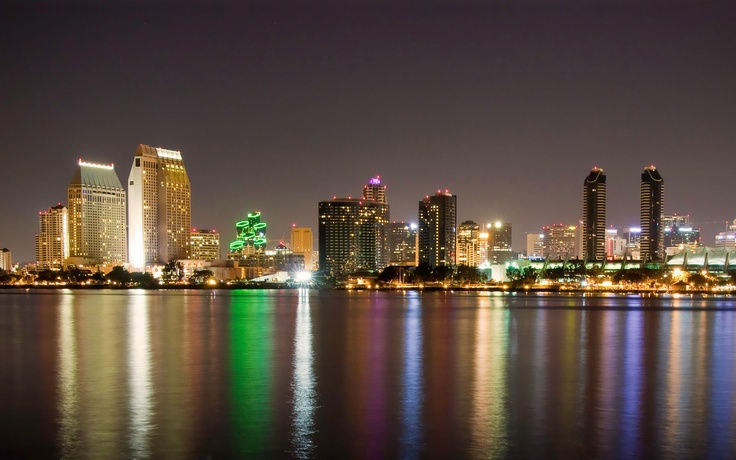 San Diego, CaliforniaBeautiful Cities, San Diego, Diego Surroundings, Emeralds Cities, Beautiful Earth, Favorite Places, Beautiful Places, Cities Lights, California Postcards