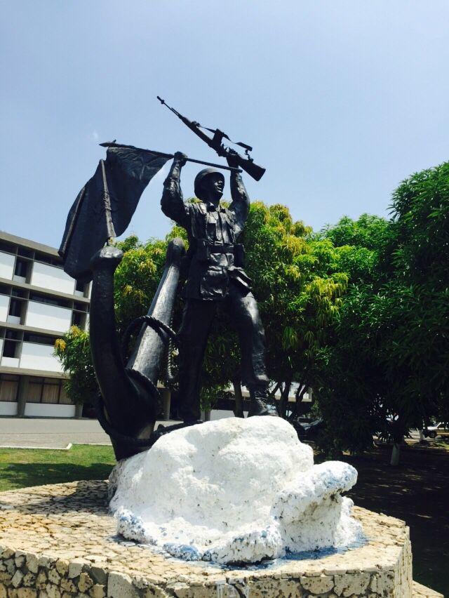 Homenaje al Infante de Marina. En la Escuela Naval Almirante Padilla (ENAP) de la Armada Nacional de Colombia.