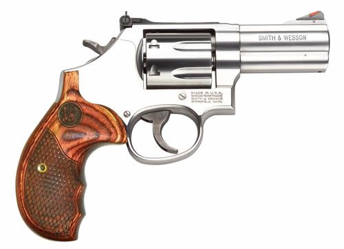 Smith & Wesson Model 686 Deluxe Revolver 150713, 357 Magnum   38 Special, 3 in, Stainless / Wood, 7 Rd, Adj Sights