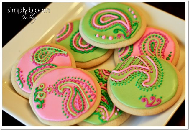 paisley decorated cookies.  It was hard deciding whether this belonged in 'tasty eats' or 'entertaining'.