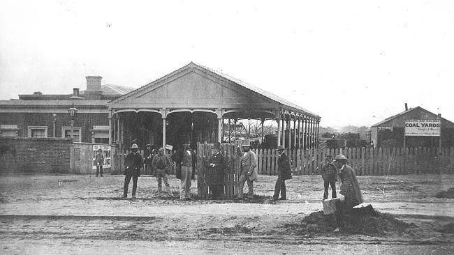 An early photo of' St Kilda Railway Station.
