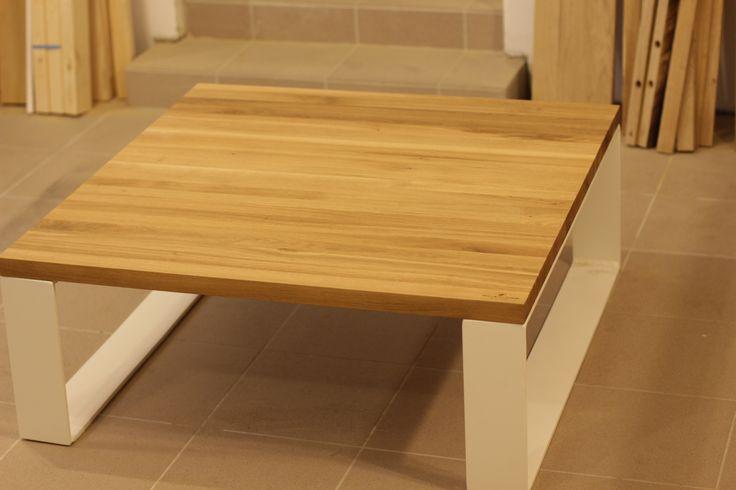 Oak/steel coffee table made by Pracownia Stołów.