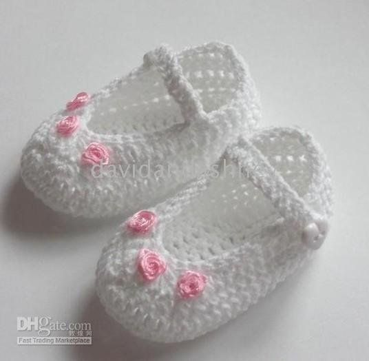 Free Crochet Pattern Christening Shoes : 17 Best images about Christening Dresses, hats and Booties ...