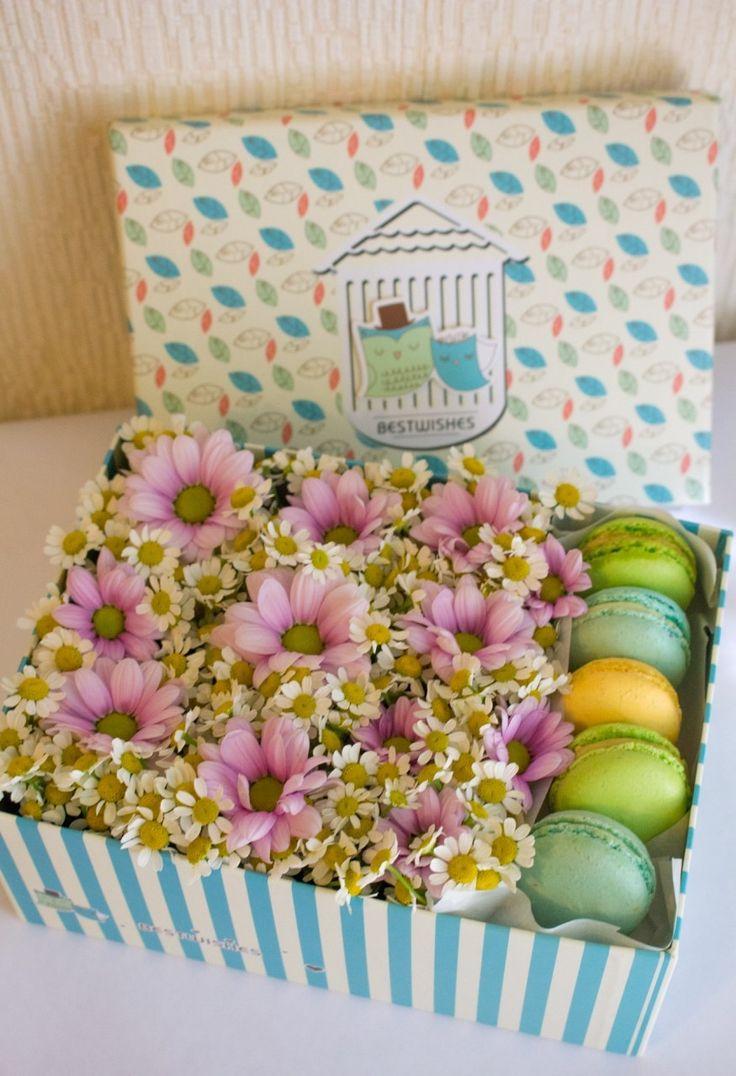 Подарочные коробочки с цветами и сладостями на заказ. +79255765688