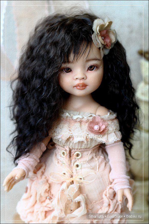 Здравствуйте, дорогие мои! Сегодня я Вам хочу показать… не поверите)) маленькую красавицу-паолочку, и меня не обошло стороной это кукольное направление!