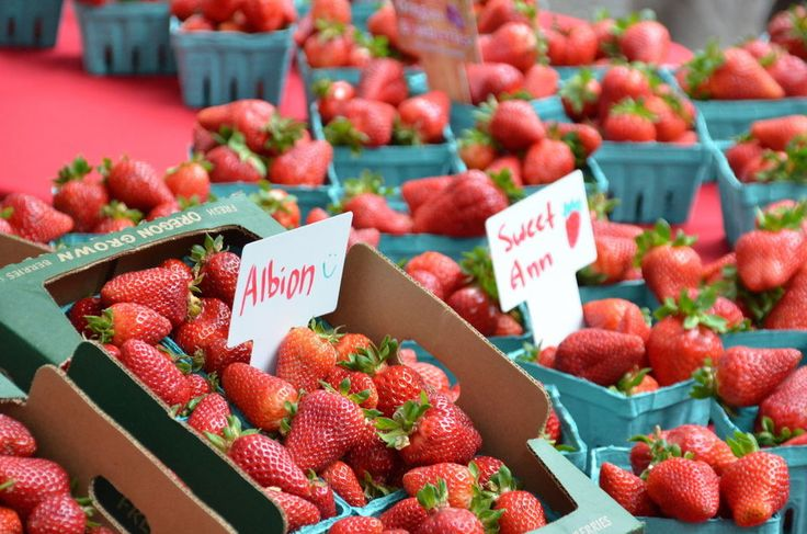 As Oregon strawberry season reaches its peak, area farmers market are filled with popular varieties like Hoods, but also many lesser-known but equally delicious berries.