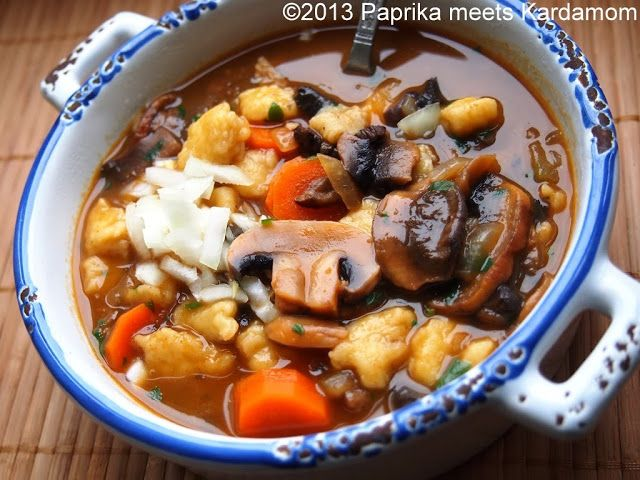 Suppen gehen hier ja immer und wenn ich bei der geliebten Familie in Ungarn bin, ist Suppe sogar ein täglicher Bestandteil des Mittagstischs, die obligatorische Sonntagsbrühe, kalte Obstsuppe an h...