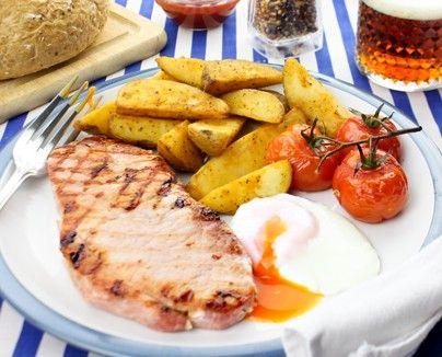 premium topside 8oz gammon steaks & potato chips,egg & tomatoes